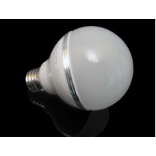 Dimmable Cree 8 Watt LED Light Bulb